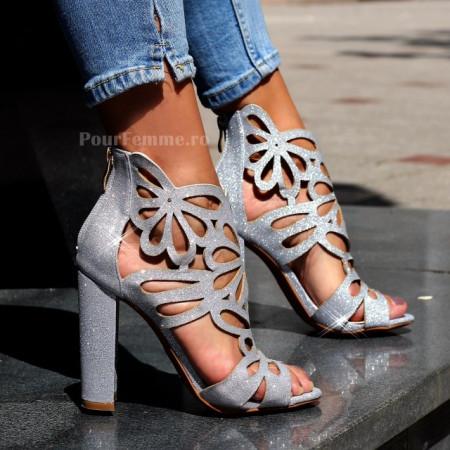 Sandale Katar