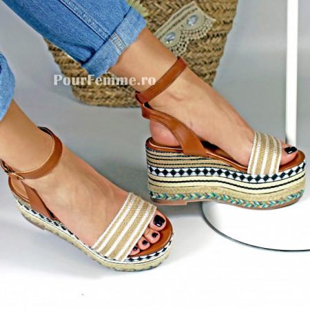 Sandale cu platforma Dura
