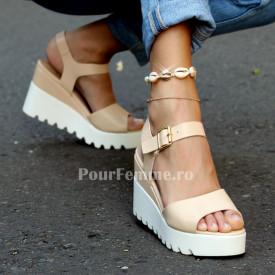 Sandale cu platforma Cartel