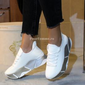 Sneakersi Britany