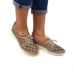 pe picioare imagini din oficial autentic cizme dama manos shoes cha834bafb1 - chaldeansencyclopedia.com