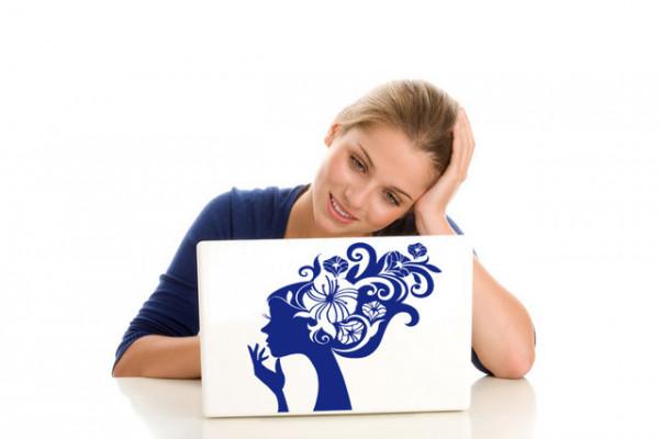Sticker laptop - fata cu flori in par