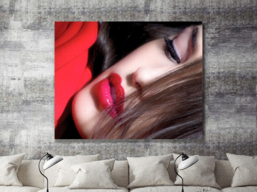 Tablou canvas - Lady in red