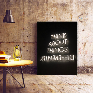 Tablou motivational - Think about things differently