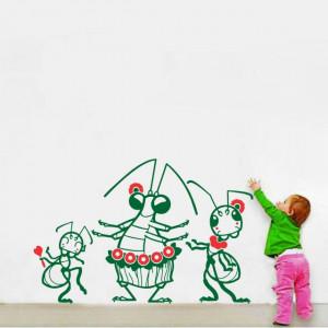 Insecte dansatoare (in doua culori)