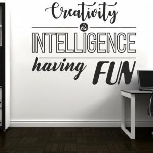 Sticker De Perete Creativitatea Este Inteligenta Distractiva