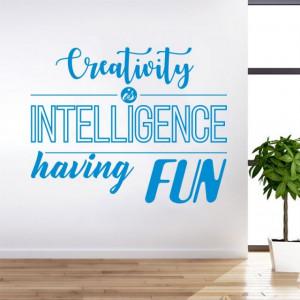 Creativitatea este inteligenta distractiva