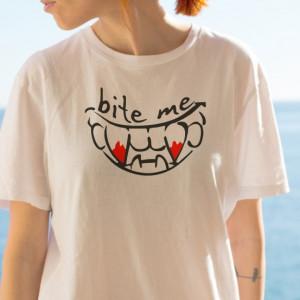 Imprimeu tricou BITE ME