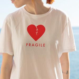 Imprimeu tricou FRAGILE