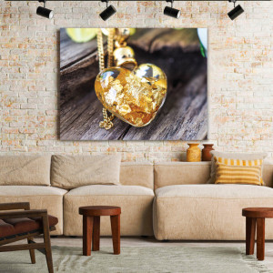 Tablou Canvas Golden Heart Necklace