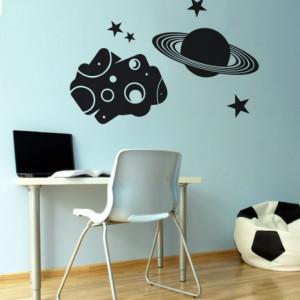 Asteroid cu planeta si stele