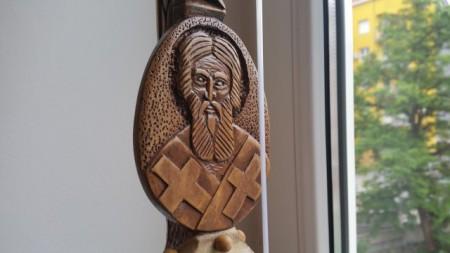 Slika Gusle PROFESIONALNE - KOZOROG - Motivi: Sveti Sava na vratu, na poleđini Kosovka Devojka (Model SSKOSD-301)