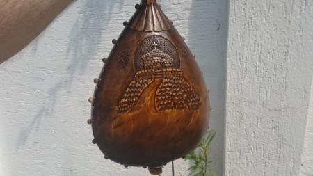 Slika Gusle PROFESIONALNE - KOZOROG - Motiv: Kapela na Lovćenu - (Šifra-DJ PRO 5)