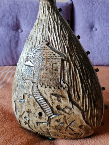 Gusle sa Kozorogom - Motivi: Njegoš i Kapela na Lovćenu