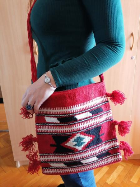 Veća torba na rame Model TV1 - Ručno tkana - 30x30cm