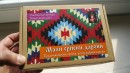 MALI SRPSKI DAROVI - SUVENIR box 1: frulica 13cm, licider srce, opančići 3cm, čokanj
