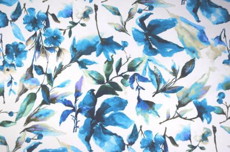 plavo beli cvetni mebl štof