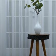 bela jednostavna zavesa