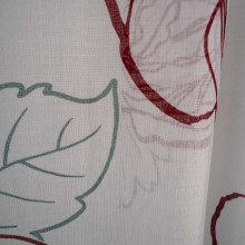 Zavesa bela sa crvenim detaljima 500