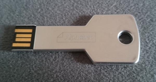 Slika Alphabet (BMW) USB 2.0 Flash Stick Key 8GB - Made in Germany