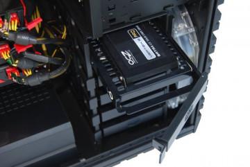 "Cooler Master SSD Mounting Kit - 1.8"" & 2.5"" to 3.5"" Converter"