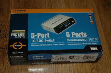 Cisco Linksys SD205T 5-Port 10/100Mbps Ethernet Desktop Switch (Metal Body)