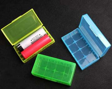 Plastična kutijica za dve 18650 baterije (2x18650)