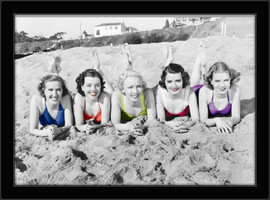 Slika Lepotice na plaži, uramljena slika