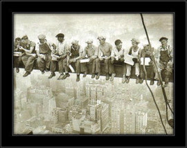 Radnici visoko na gredi, uramljena slika