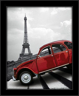Ajfelov toranj i crveni automobil, uramljena slika