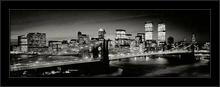 Crno beli most, uramljena slika