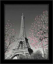 Ajfelov toranj u prolece, uramljena slika