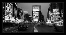 Times Square-1938, uramljena slika