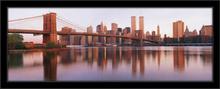 Bruklinski most u svitanje, uramljena slika