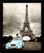 Paris kiss, framed picture