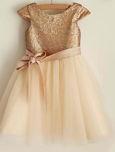 Slika Svecana haljina za devojcice sa sljokicama i tilom