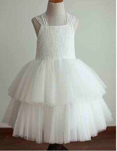 Slika Ekskluzivna haljina sa cipkom i raskosnim karnerima od tila