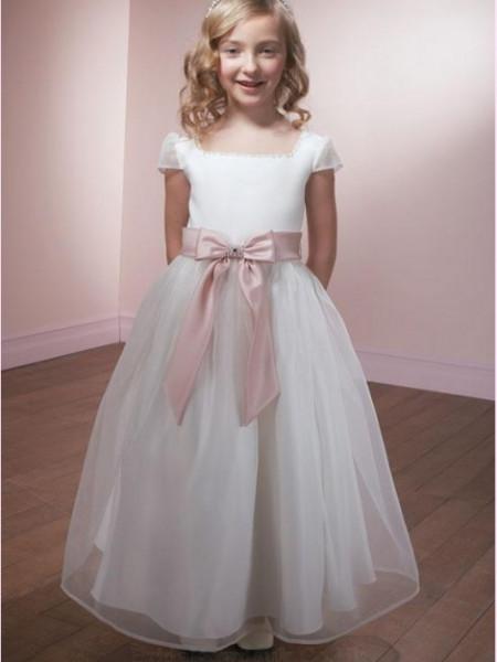 Slika Bela haljina za devojcice sa roze satenskom masnom