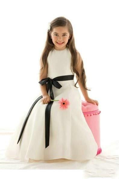 Elegantna bela haljina za devojcice
