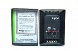 Зажигалка Zippo 80767 Zombies-Never Leave You