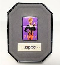 Зажигалка Zippo Salutes Pinup Girl