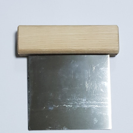 Spatula dreapta din inox pentru taierea sapunurilor naturale