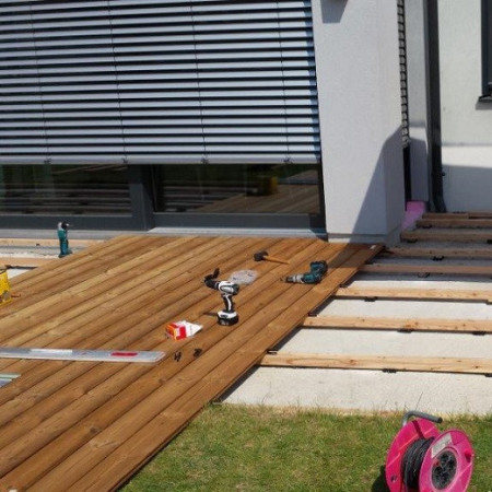 decking terasa din lemn pin termo iasi
