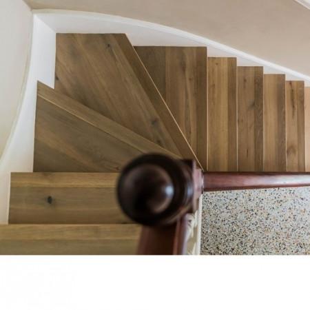 scari din parchet stejar cu nas din lemn