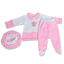 Costumas roz cu bereta