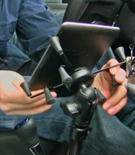 """Komplett 7-8""""-os tablet tartó szett padlóra szerelhető állvánnyal (X-Grip)"""