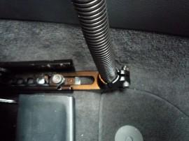 Autóba fúrás nélkül beszerelhető tartó állvány gyémánt alakú bázissal (RAM POD I - 76 cm-es)