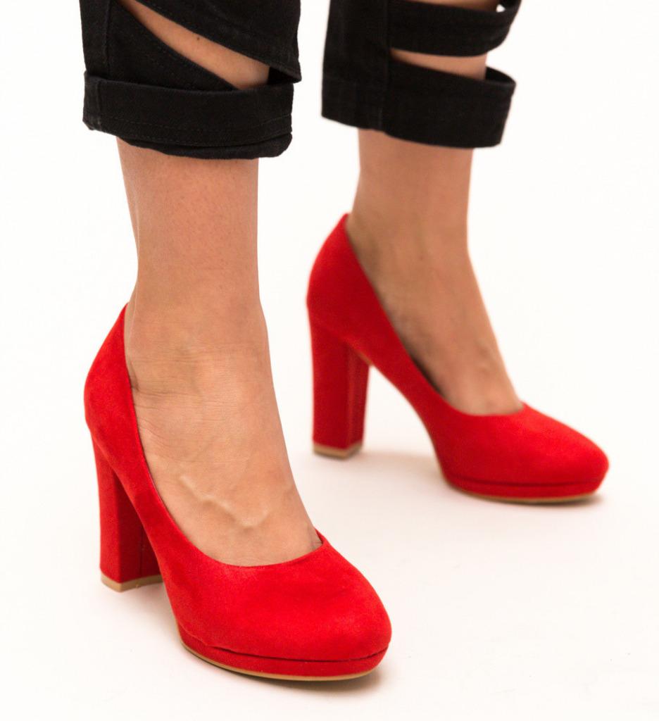 Обувки Dezgo Червени