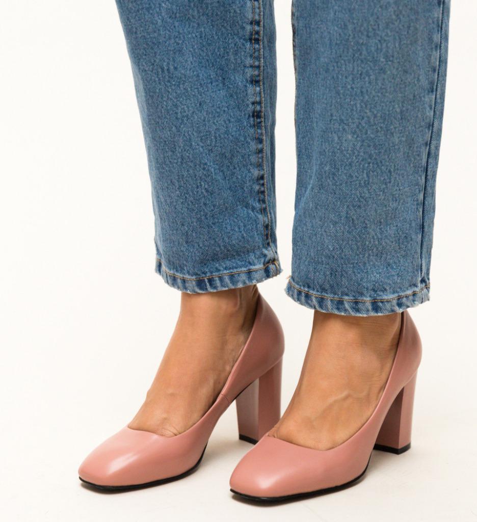Обувки Horton Розови