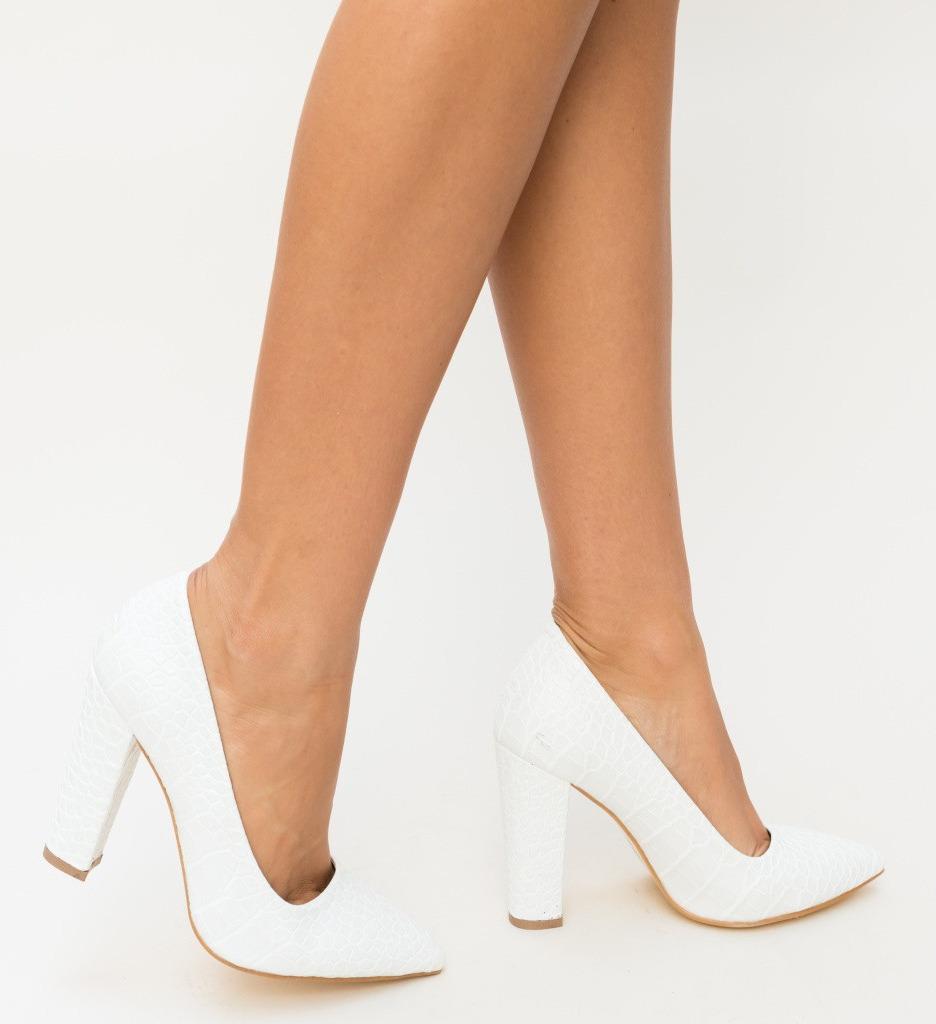 Обувки Merez Бели